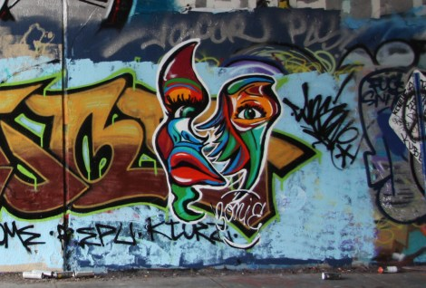 Zonie or Bonie at the Rouen tunnel legal wall