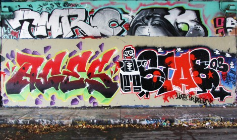 Aces (left) and Stab (right) at the Halloween jam at the Rouen legal graffiti tunnel