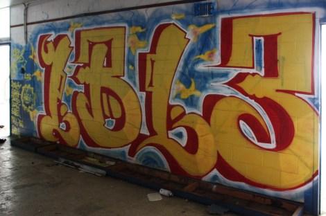 1BL3 graffiti piece found in urbex