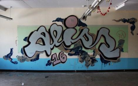 Aliss graffiti piece found in urbex