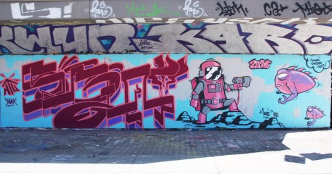 Saner (letters) and Koni HTU (creatures) at the PSC legal graffiti wall