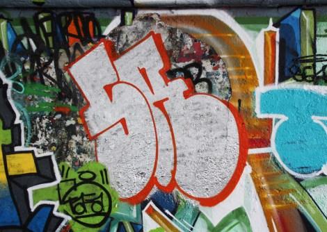 Skor throw at the Papineau legal graffiti wall