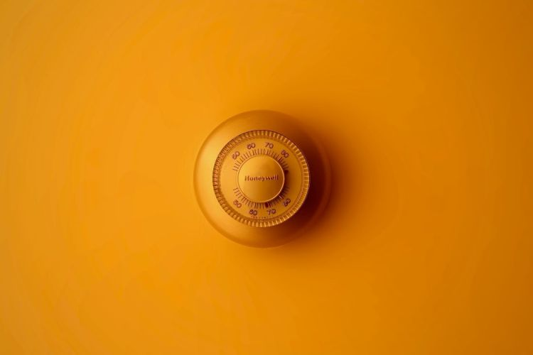 how to save money on heating