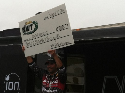 Pro winner Keith with nice check!