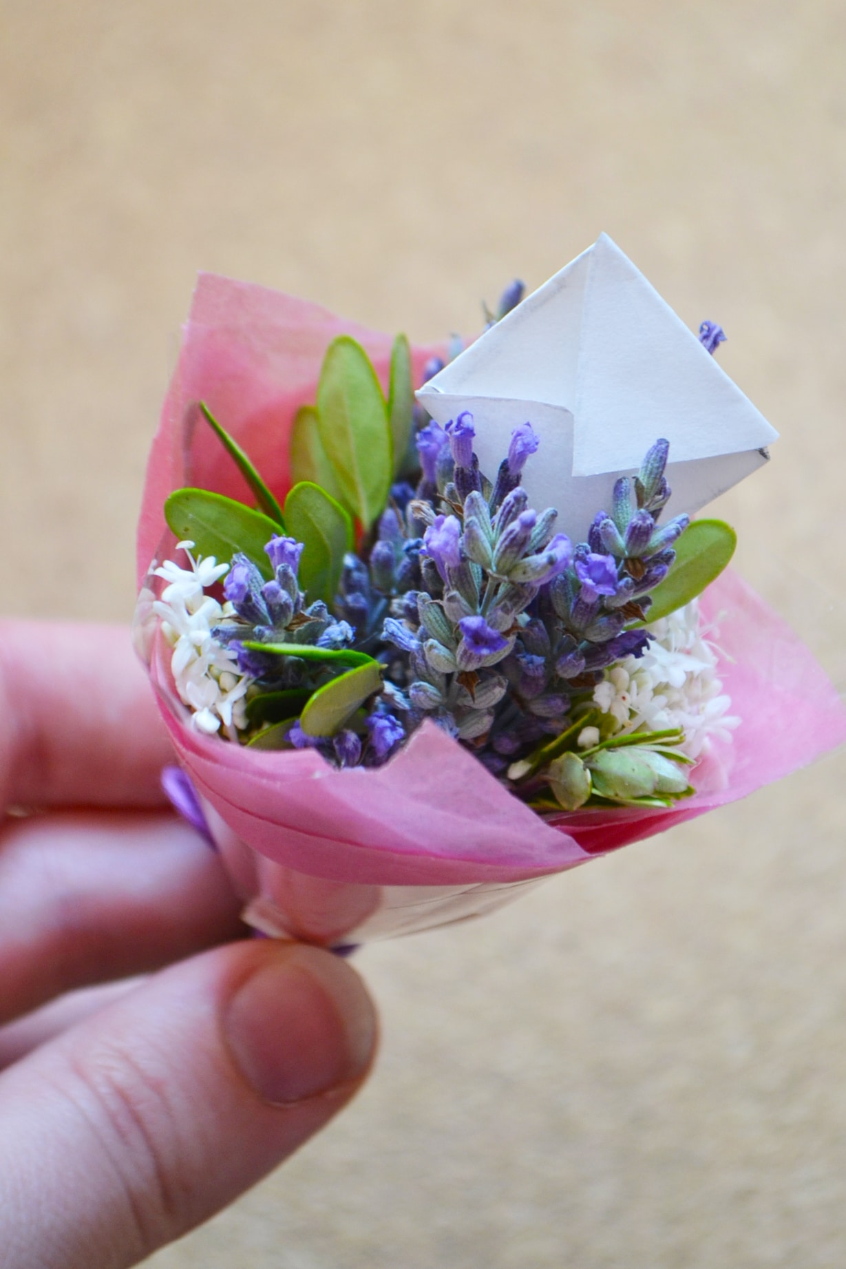 Diy Miniature Bouquets Wallflower Kitchen
