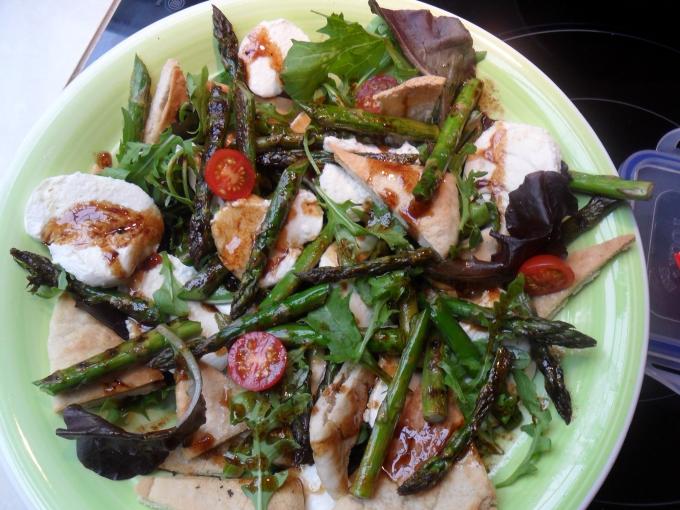 Grilled asparagus with mozzarella panzanella salad