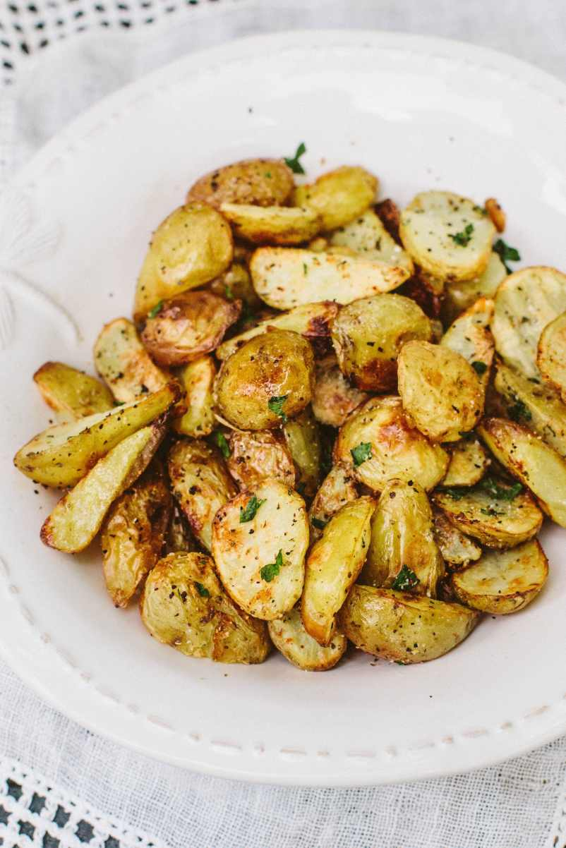 Oil-Free Crispy Potatoes - The perfect #Vegan BBQ side dish