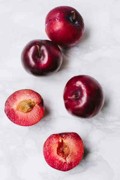 Easy Plum & Almond Tart (Vegan)