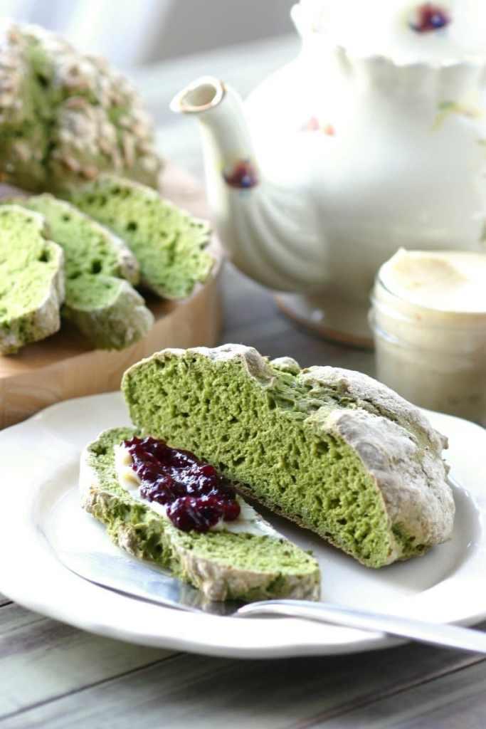 green-irish-soda-bread-4
