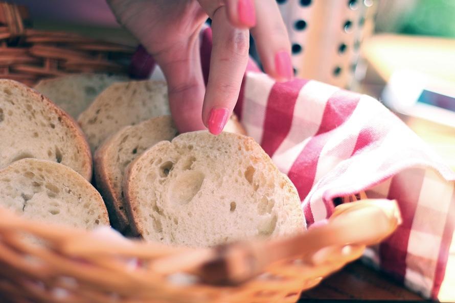 bread-breakfast-baguette-sliced-large