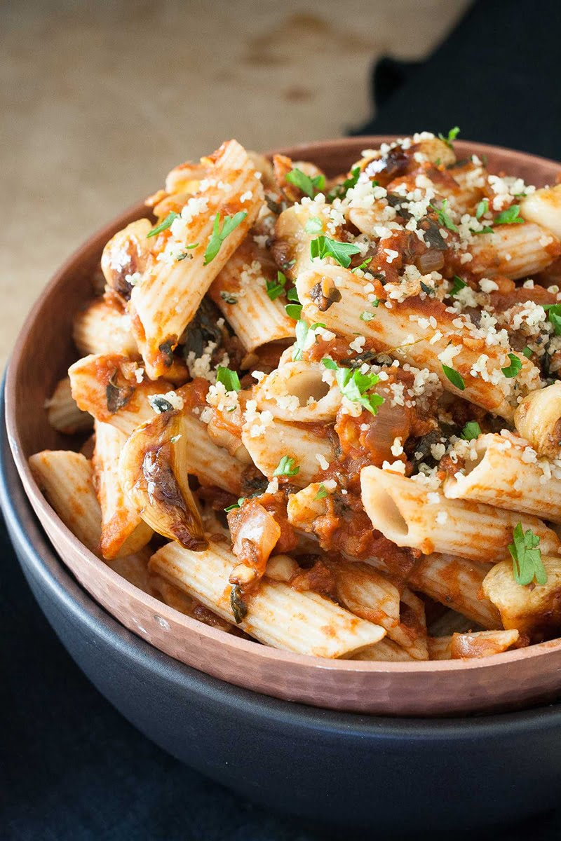 Penne with Chickpeas in Smoky Tomato Sauce