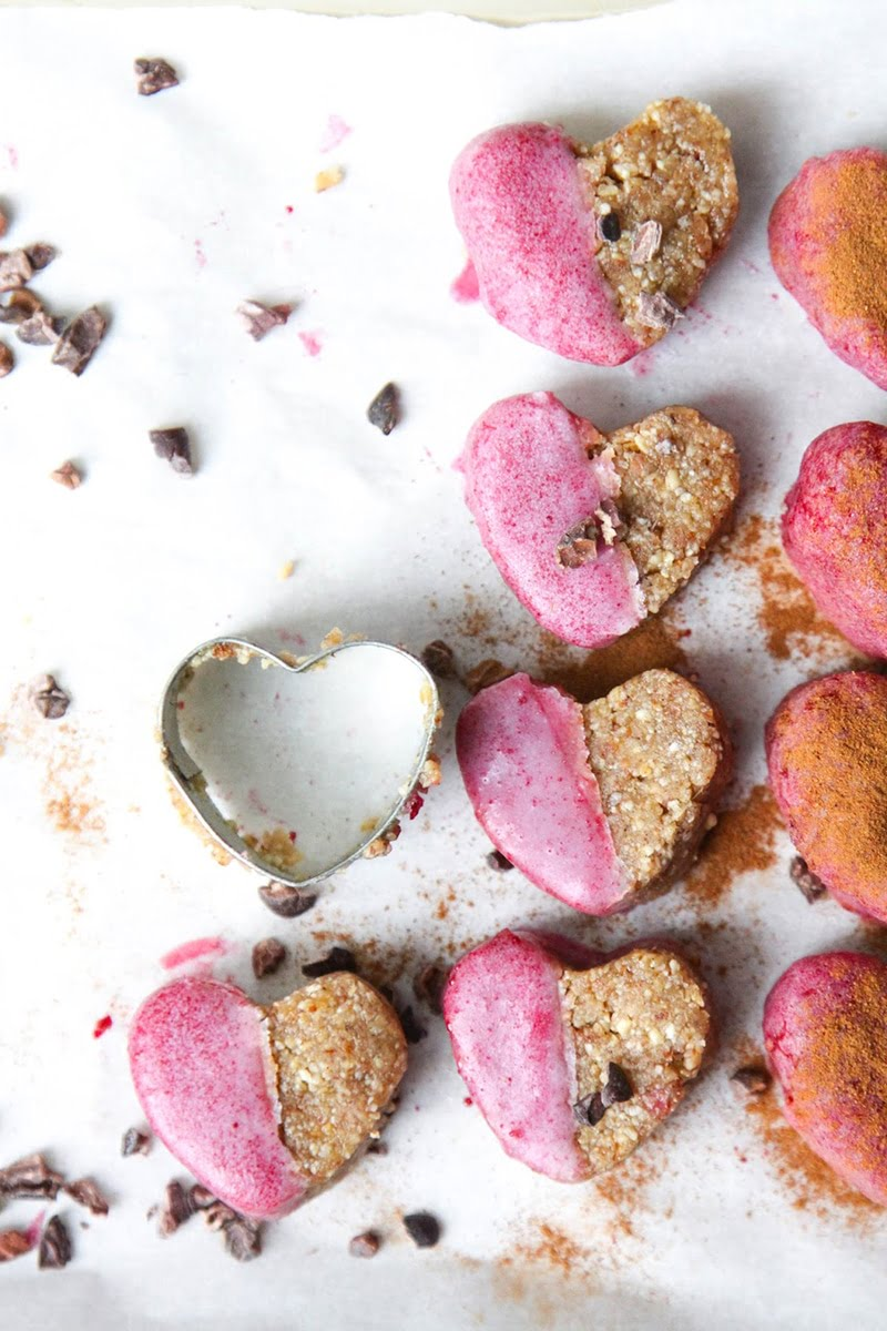 Raw Ginger Cookies with Pink Frosting via thisrawsomeveganlife.com