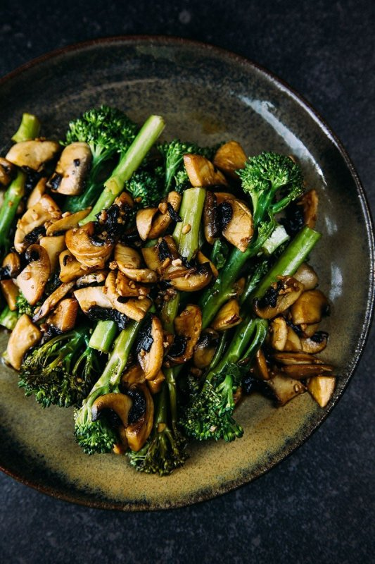 Sautéed Tenderstem® with Garlic Balsamic Mushrooms