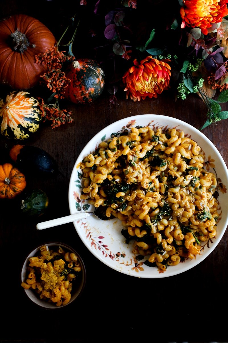 #Vegan Pumpkin Mac and Cheese with Kale