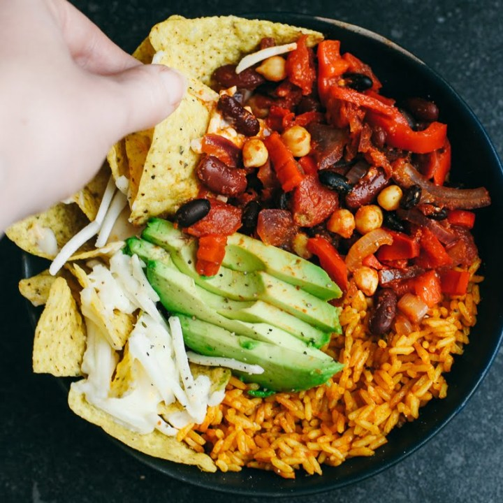 #Vegan Bean Chilli Nacho Bowl
