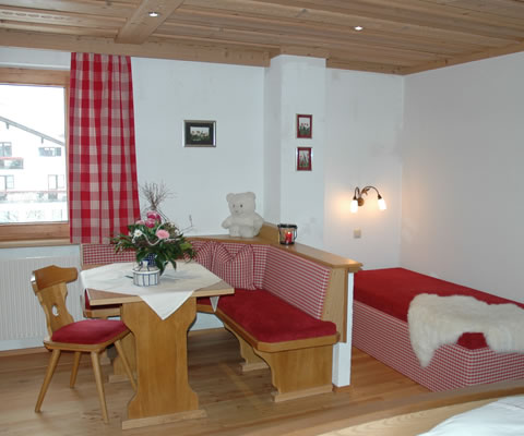 Haus Wallis In Warth Am Arlberg  Simsalabim