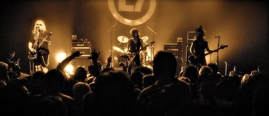 l7 band