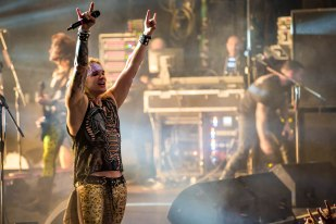 Steel Panther-31