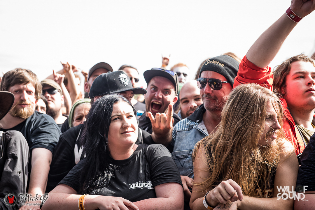 Download_Melbourne_2018_Crowd-12
