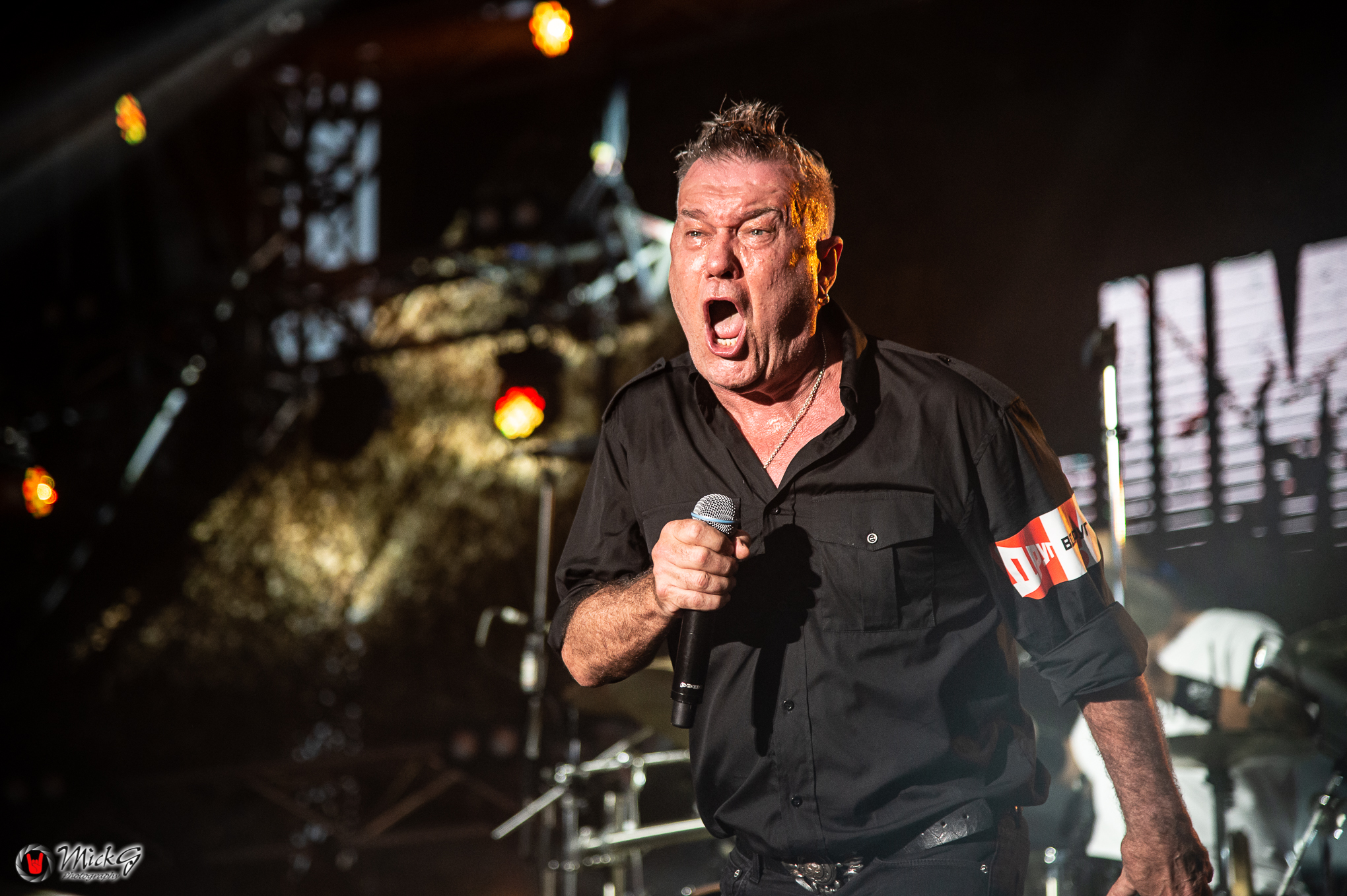 Jimmy_Barnes-57
