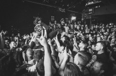 FEVER 333 (7 of 58)