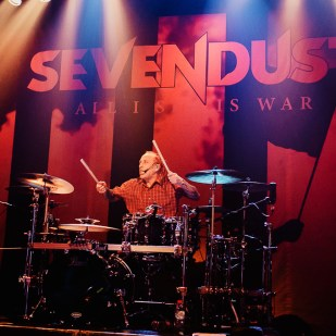 Sevendust_07
