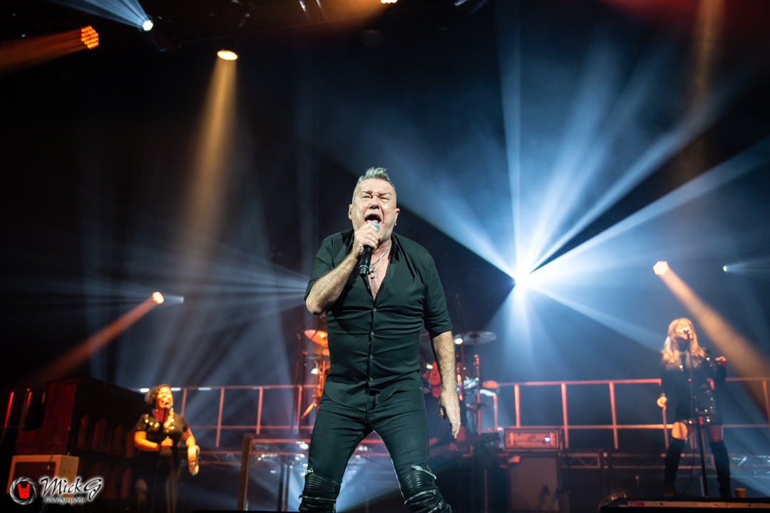 Jimmy_Barnes-27