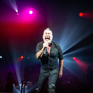 Jimmy_Barnes-60