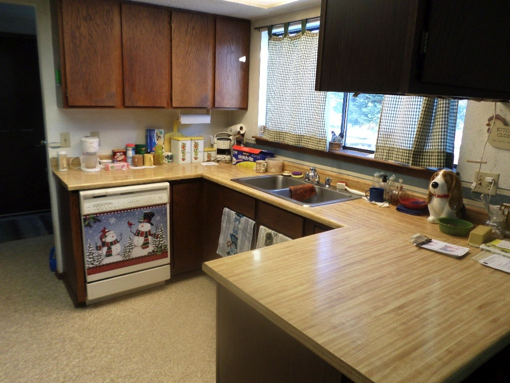 Room in the kitchen to cook and it is open to the dining rom area
