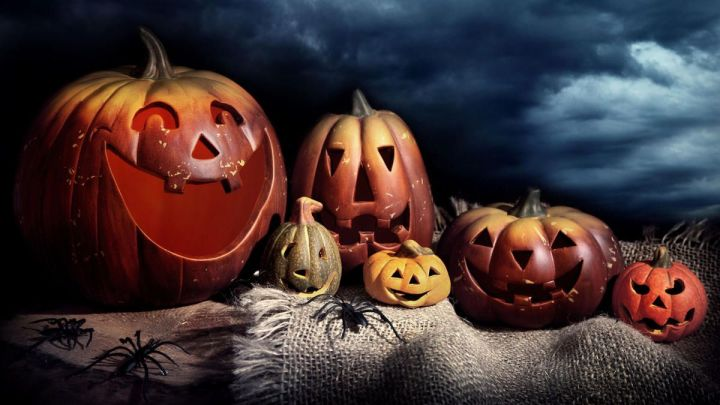 Free Live Halloween Wallpaper For Iphone Wallsviews Co