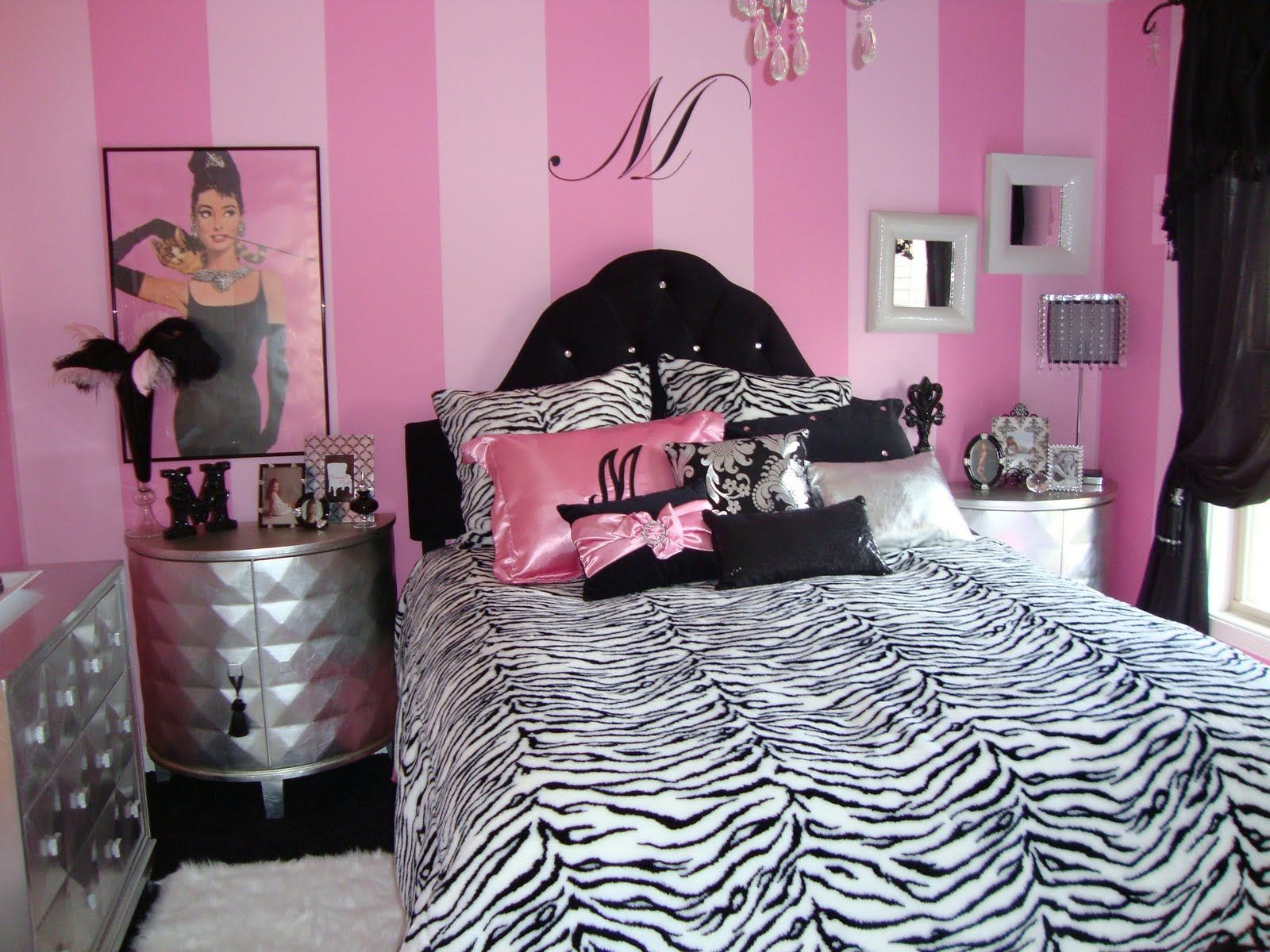 large cool room for girls inspiration