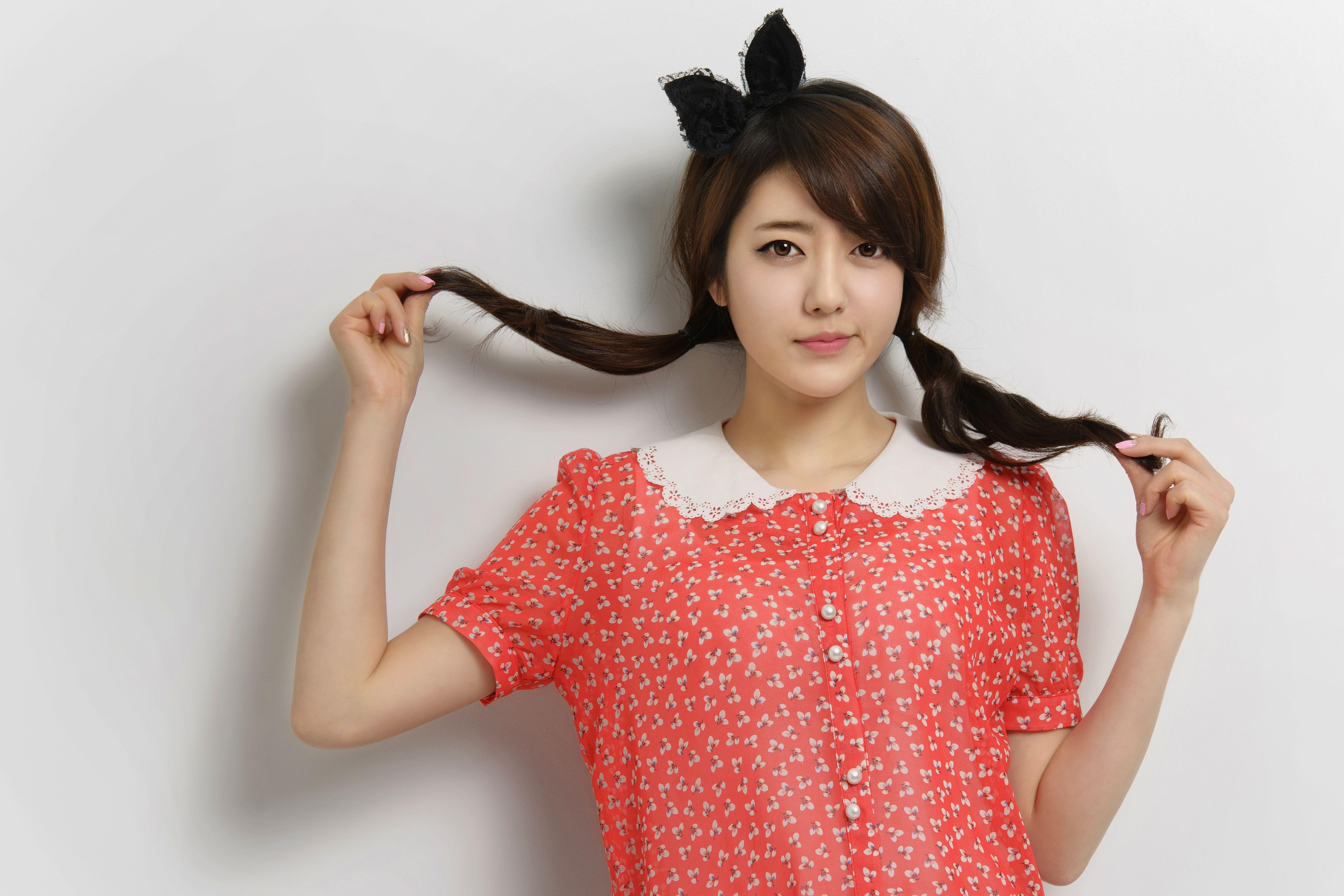 Shin Min Ah Cute Wallpaper Korean Model Wallpaper Group 52