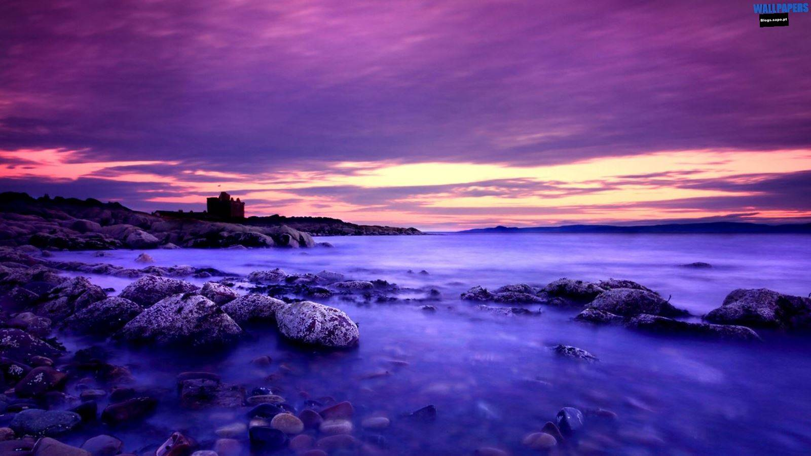Violet Clouds And Blue Water Wallpaper 1600×900