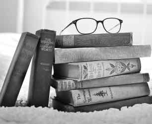 Book Aesthetic Wallpapers Top Free Book Aesthetic Backgrounds WallpaperAccess