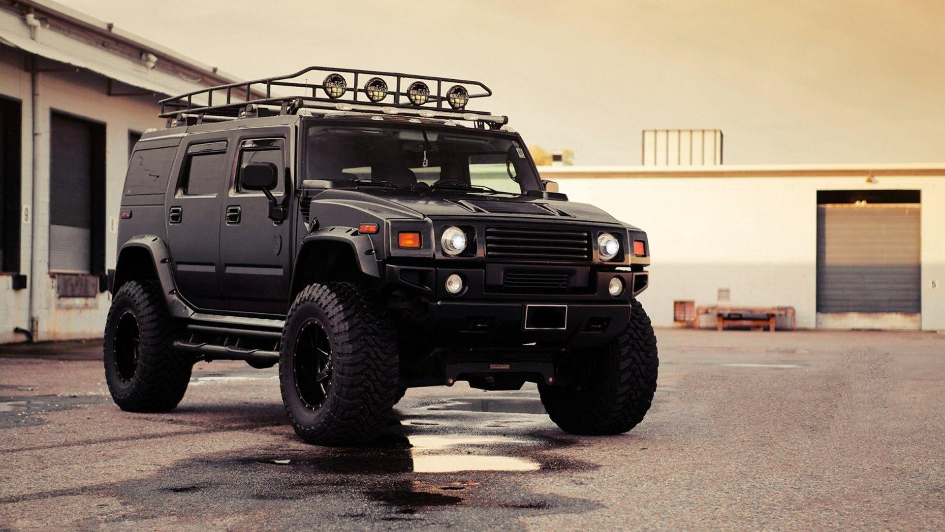 Hummer H2 Lifted Car