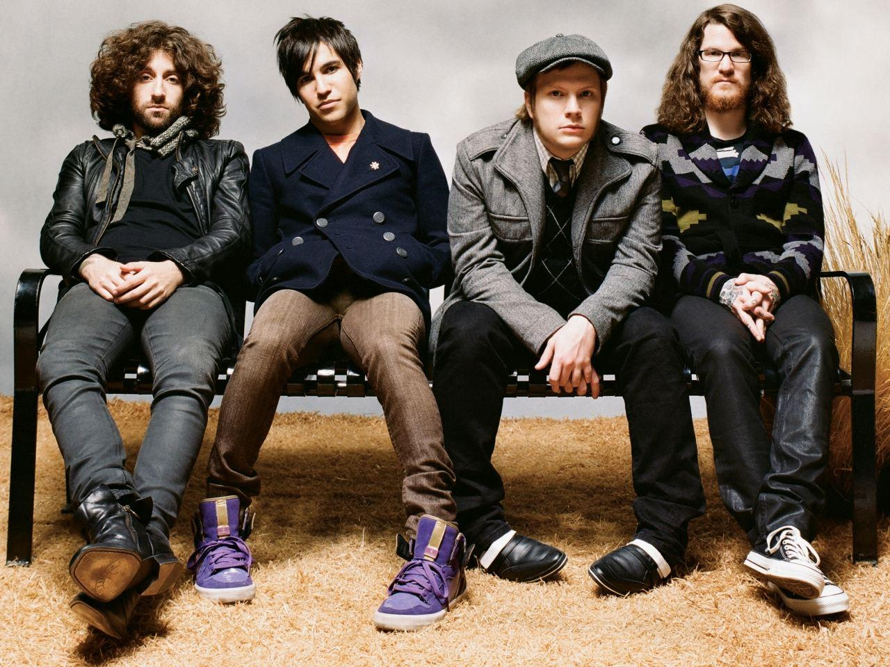 Fall Out Boy Mania Wallpaper Fall Out Boy Wallpapers Wallpaper Cave