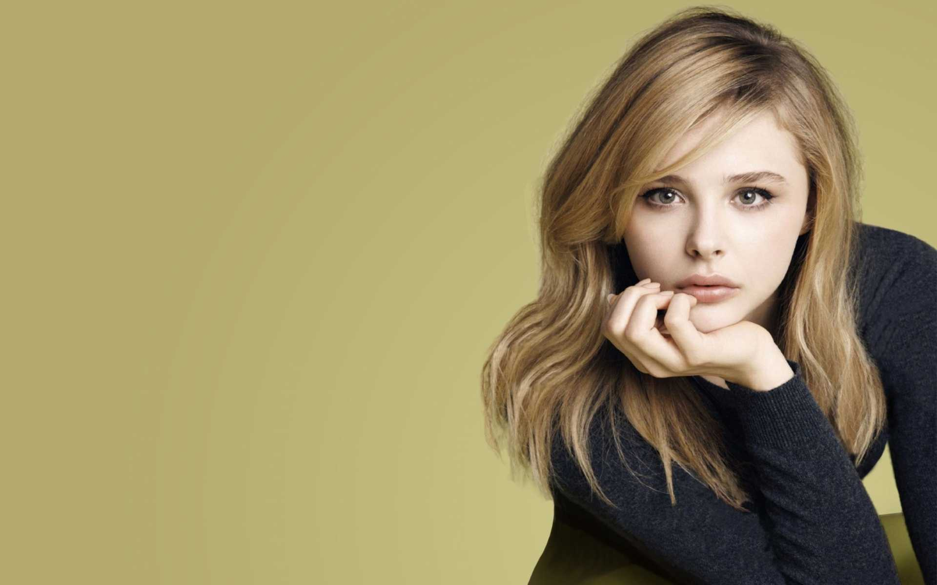 Chloe Moretz HD Wallpapers Collection Of American Actresss