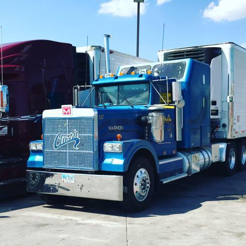 small resolution of  another marmon i saw still working marmon trucks pinterest