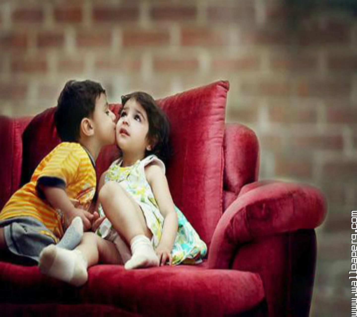Cute Couples Holding Hands Hd Wallpapers Cute Baby Kiss Hd Wallpapers Wallpaper Cave