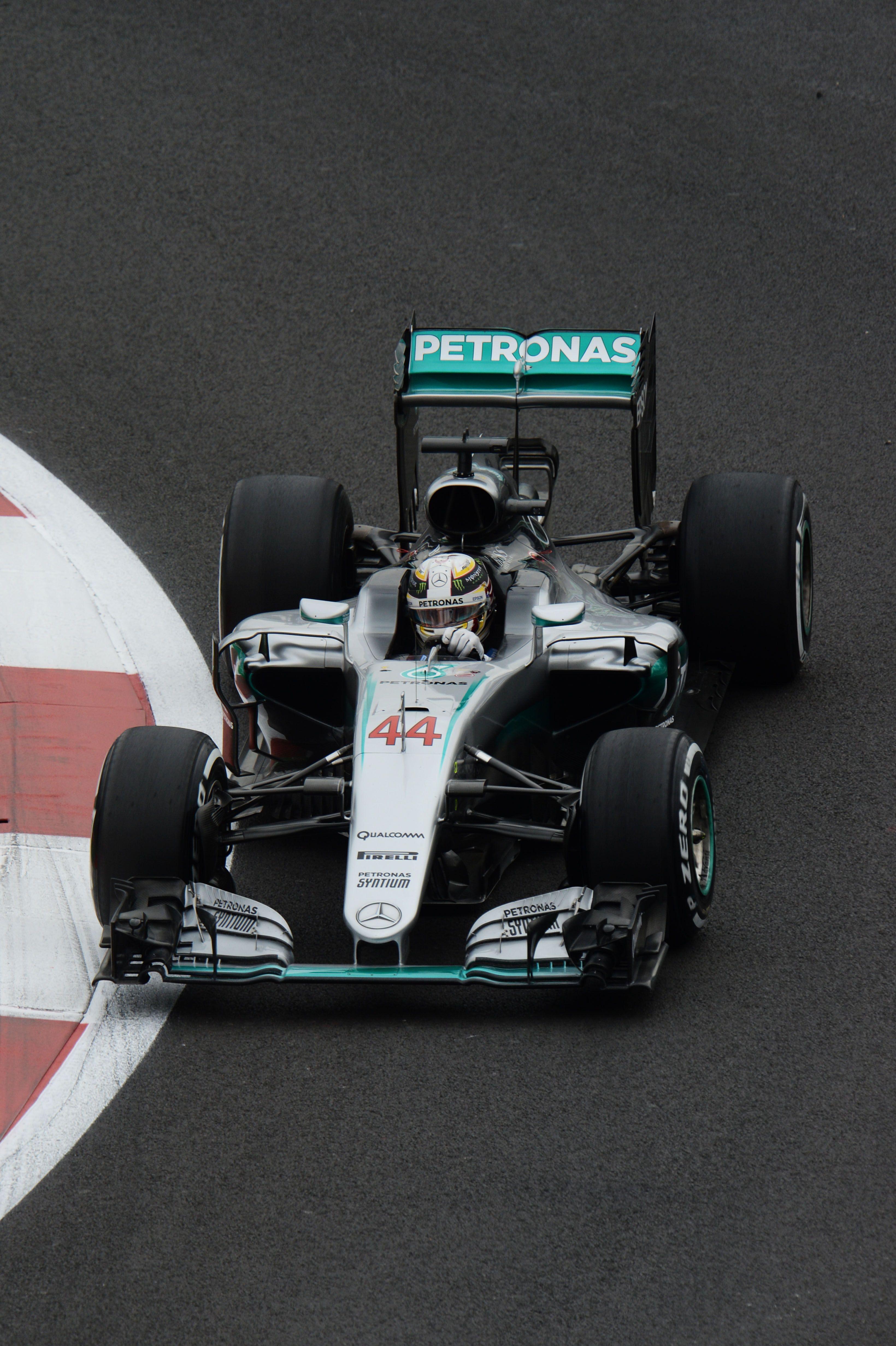 Lewis Hamilton F1 Car Wallpaper Lewis Hamilton 2018 Wallpapers Wallpaper Cave