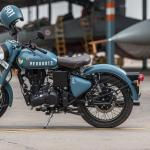 Royal Enfield Classic 350 Storm Rider Hd Mobile Wallpapers Wallpaper Cave