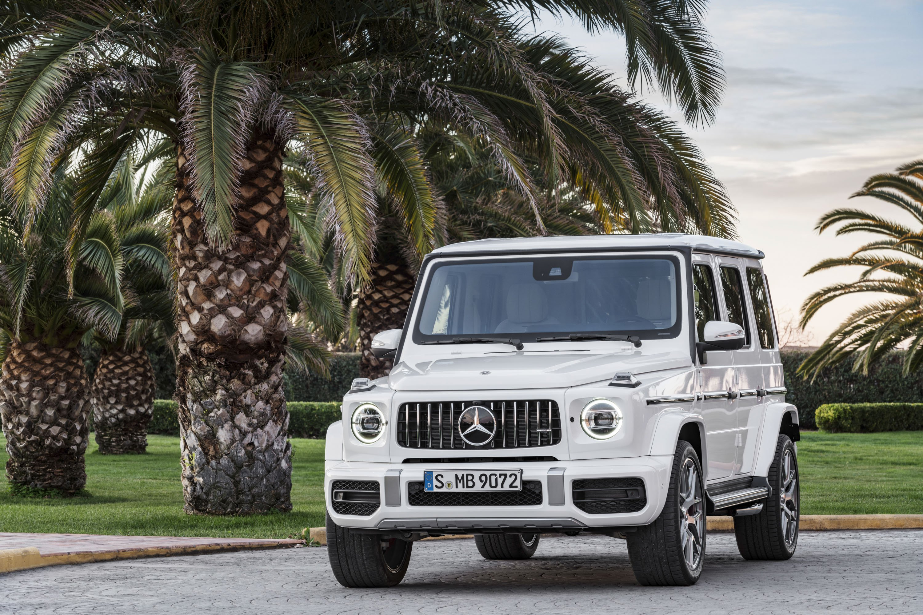 You aren't stuck with choosing between the wallpaper images that came with your computer. Mercedes Benz G Wagon Wallpapers Wallpaper Cave