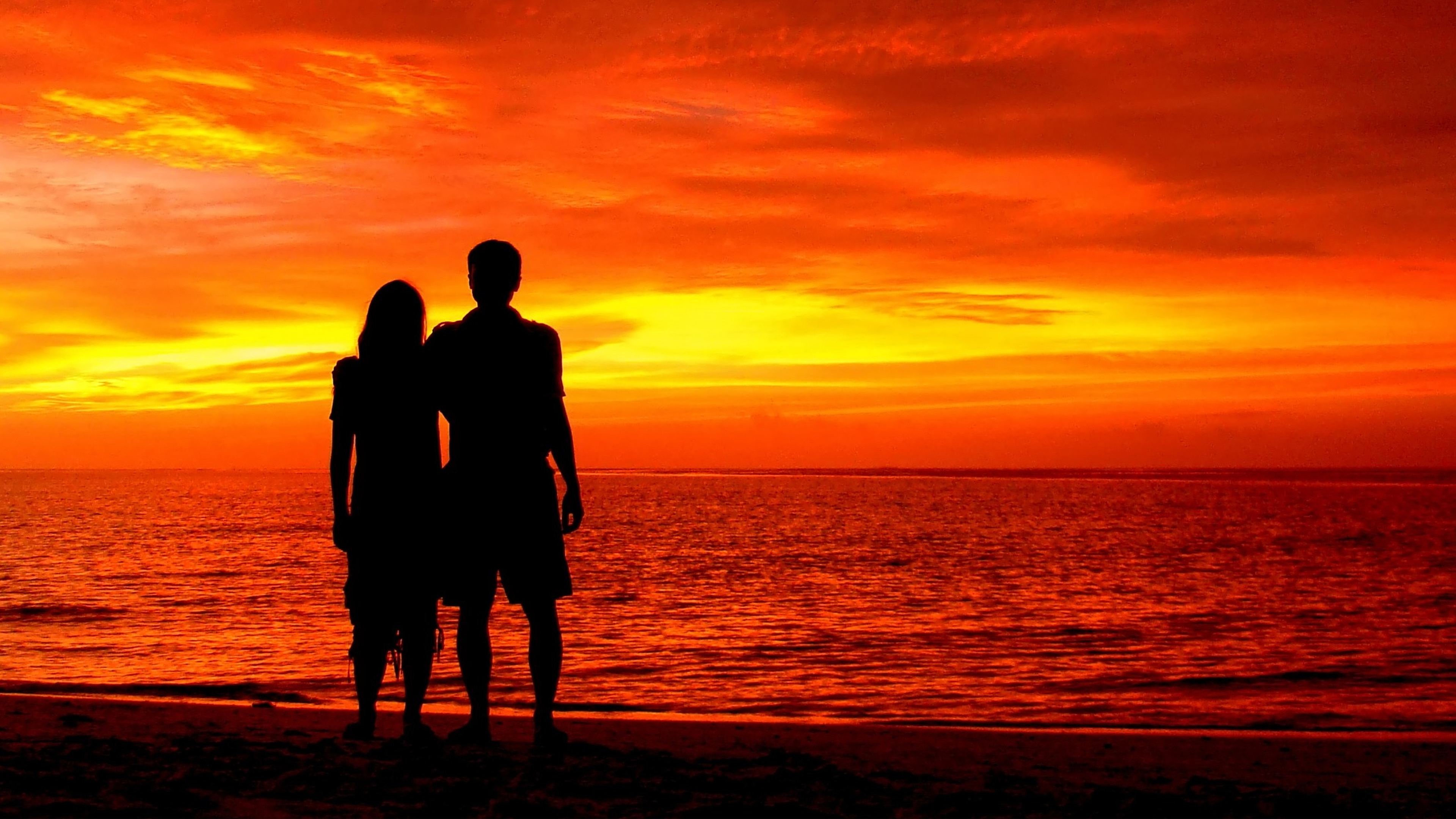 Cute Couples Holding Hands Hd Wallpapers Romantic Couple Sunset Silhouette Wallpapers Wallpaper Cave