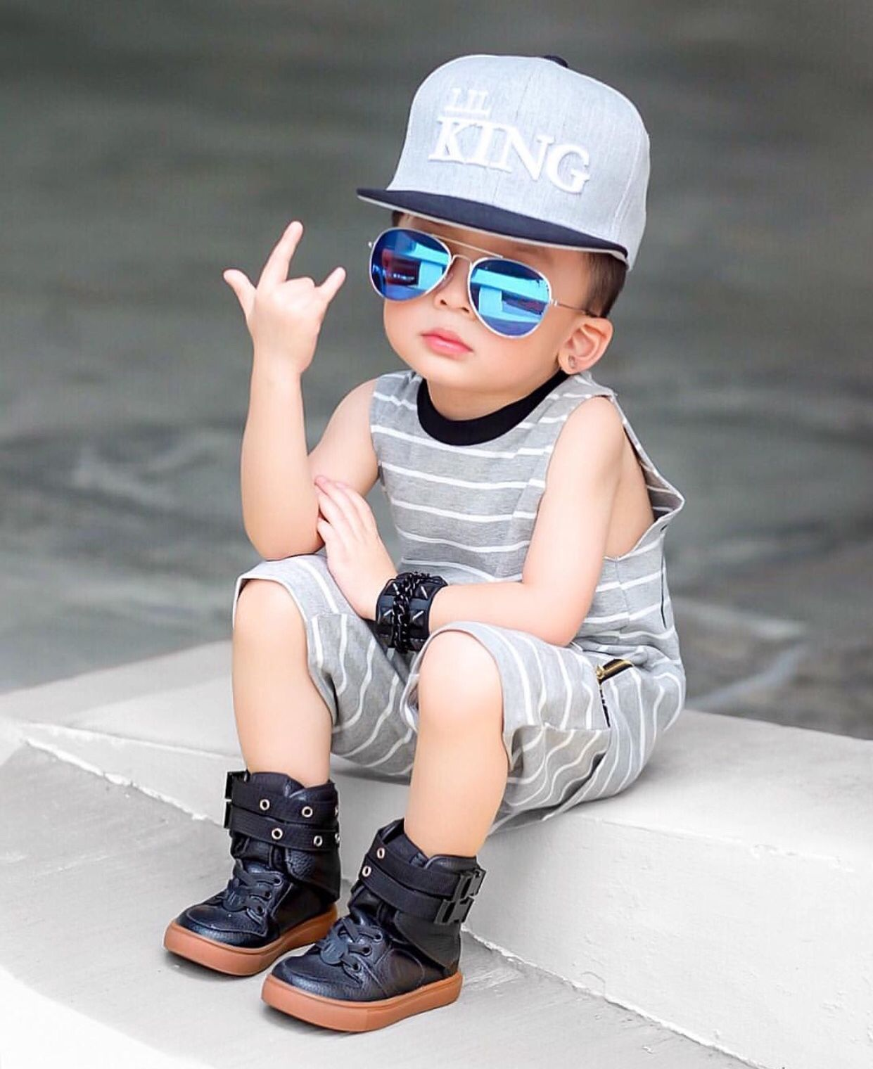 Boys HD Cool Stylish Profile Pics DPs For Facebook