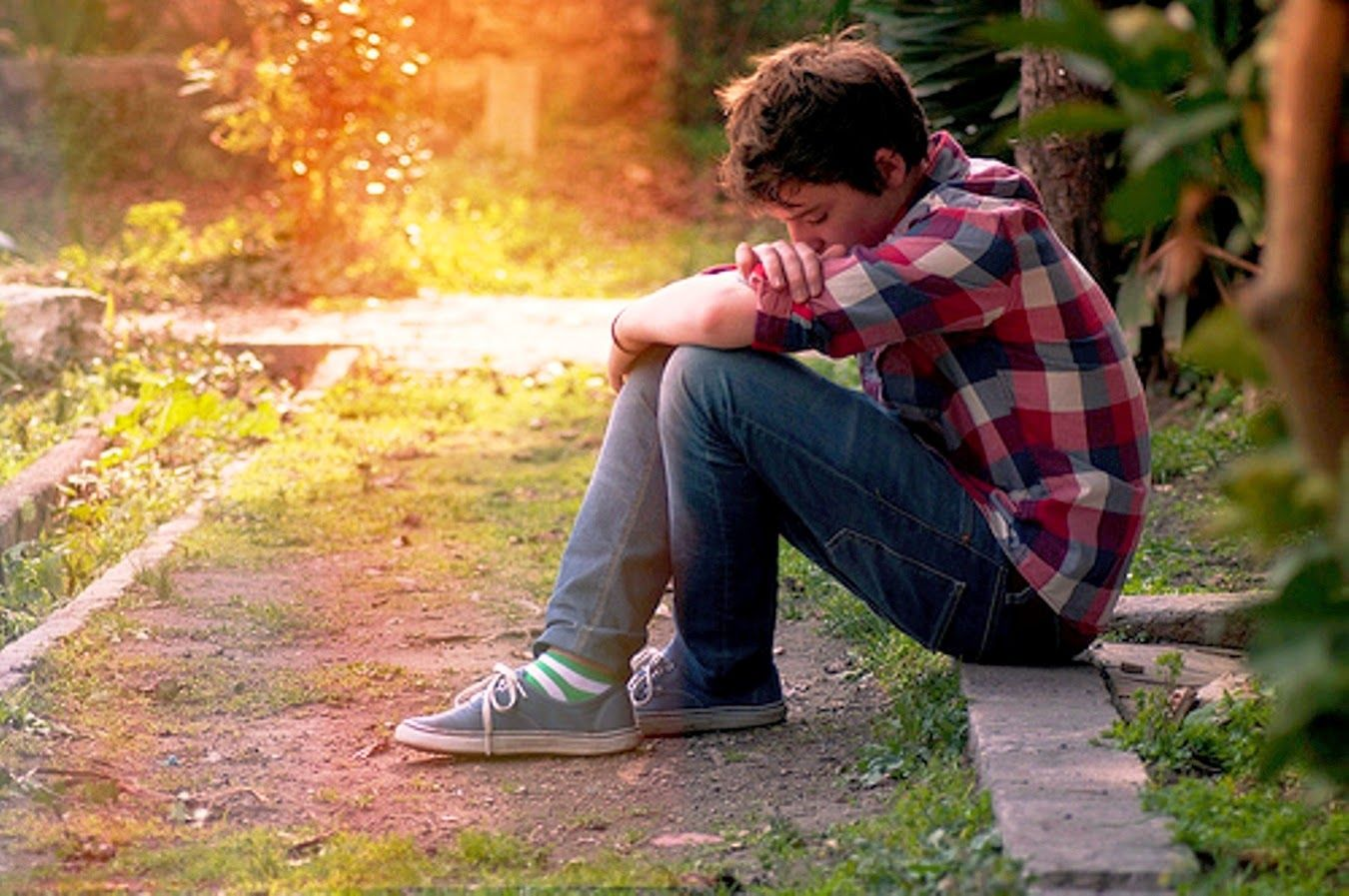 Animated Lonely Boy Wallpapers Sad Boy Pics