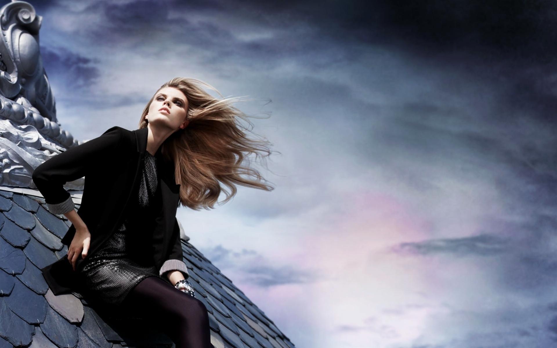 Toni Garrn Wallpaper HD Download