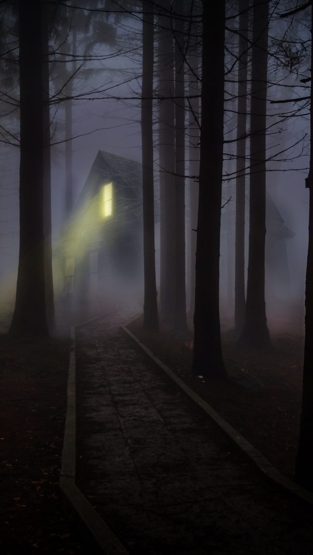 Hd Wallpaper Iphone 7 Haunted House In A Dark Forest 5k Uhd Wallpaper