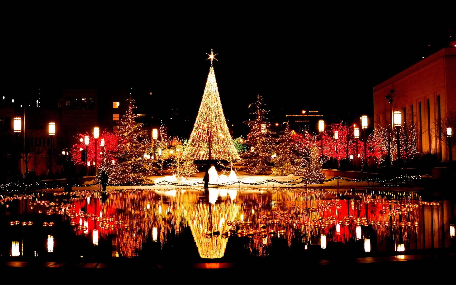 Ciudad con luces de Navidad  Wallpapers  Wallpapers
