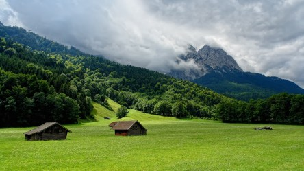 mountains mountainscape plain mountain hd wallpapers scenery lodges valley background backgrounds landscape smoke landscapes 1080p cave clouds sky wallpapers4u