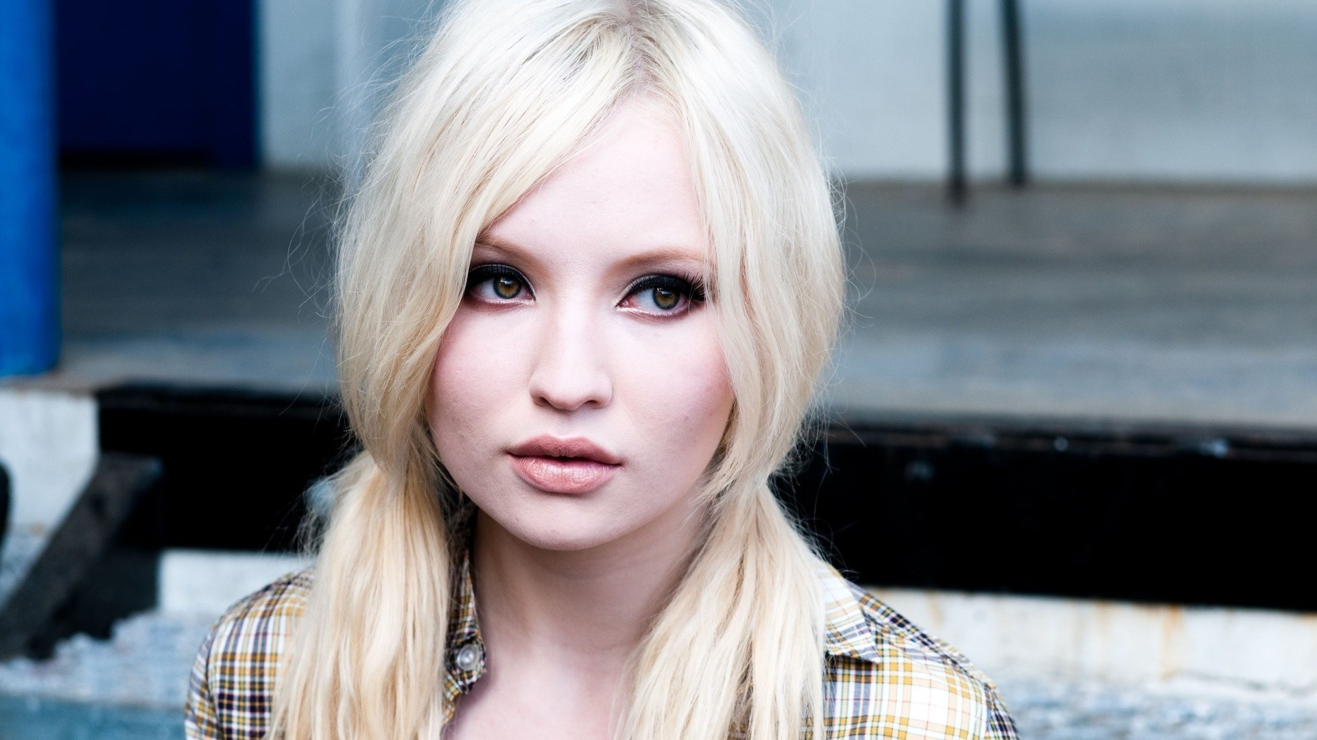 Girl Image Wallpaper Free Download Emily Browning Hd Wallpapers For Desktop Download